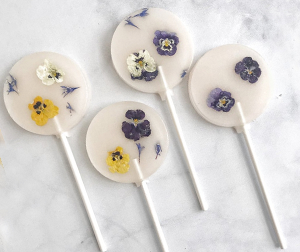 Best Wedding Shower Favors - Flower Lollipops