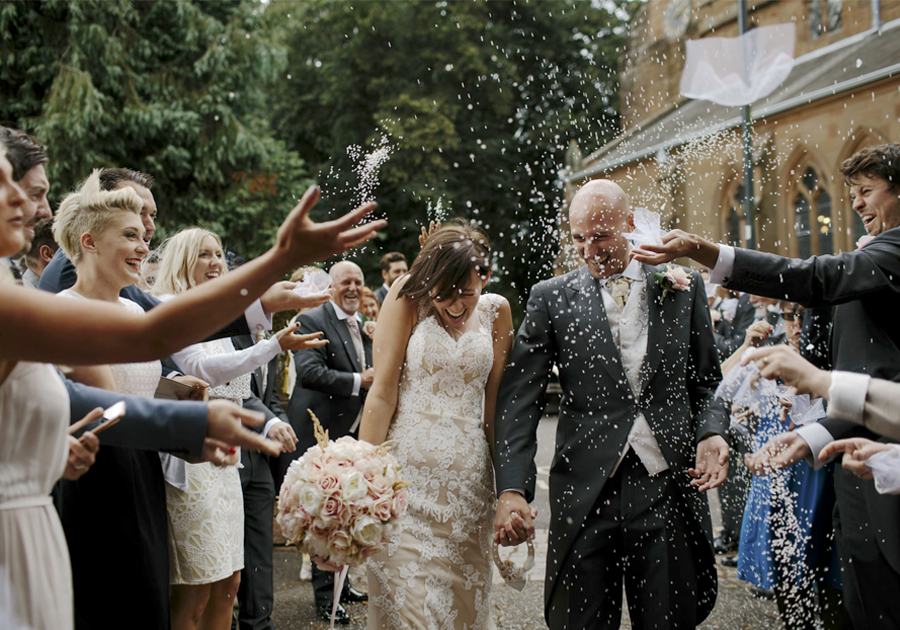 Wedding Traditions Disappearing - Throwing Rice